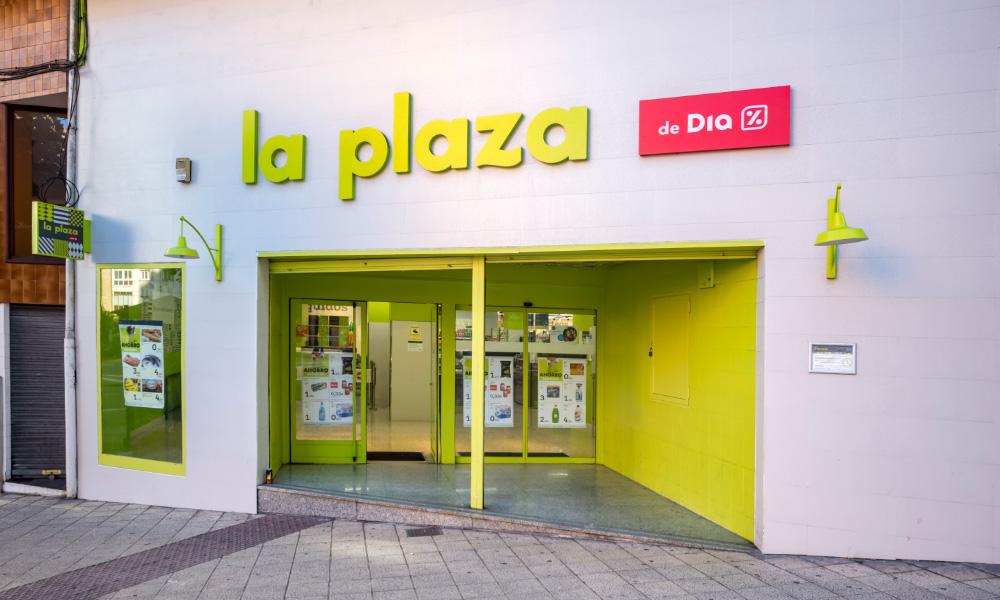 La Plaza de Día, foto de fachada de supermercado