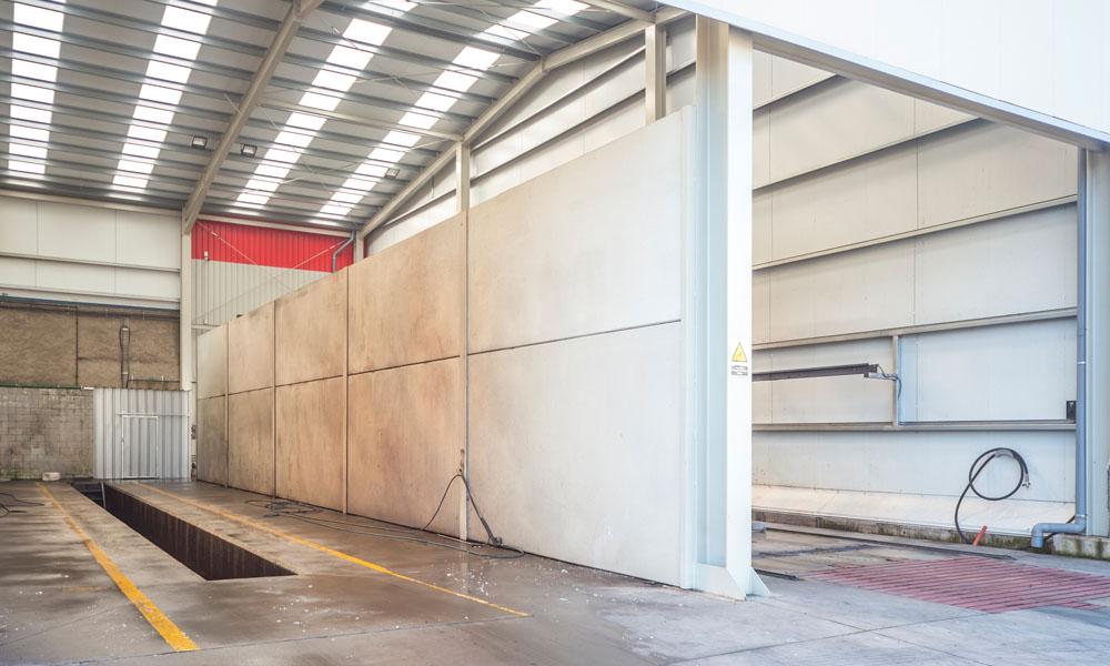 Construcción de nave industrial para albergar fosos de lavado, cliente CASINTRA